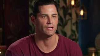 Photo of 'A lot at play': Bachelor star on why he is suing Ten