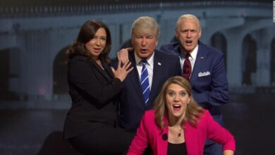 Photo of Watch: 'SNL' sketch flips channels between the town halls