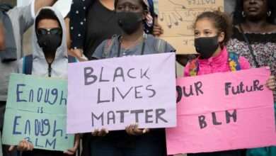 Photo of Police officer fired after shooting black couple, killing unarmed teen in Illinois