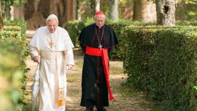 Photo of The Two Popes'  Jonathan Pryce on his 'rivalry' with Anthony Hopkins