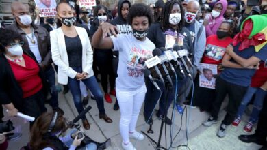 Photo of Milwaukee Police Defend Arrests of Slain Black Teen Alvin Cole's Family
