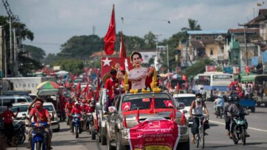Photo of Suu Kyi and old guard frustrate young Myanmar politicians