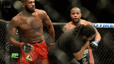 Photo of Daniel Cormier: Jon Jones vacated title to avoid Dominick Reyes, probably returns to 205