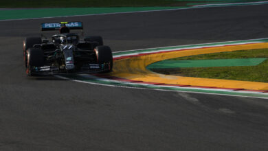 Photo of Valtteri Bottas on pole at Imola with Lewis Hamilton alongside