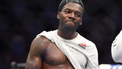 Photo of Dwight Grant announces positive COVID-19 test, out of UFC 256 fight vs. Li Jingliang