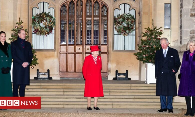Queen seen with family for first time during Covid-19 pandemic