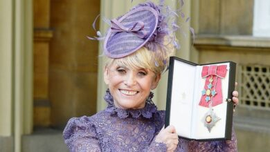 Photo of A look back at icon Barbara Windsor's best fashion moments