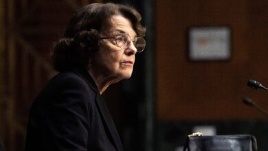 Photo of Dianne Feinstein is 'open' to filibuster reform, citing GOP 'abuse' of the Senate procedure