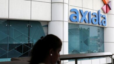 Photo of UPDATE 4-Axiata, Telenor in talks to form Malaysia's top mobile operator